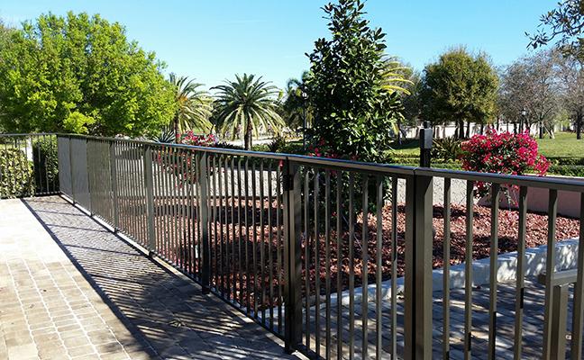 Hr 10 Aluminum Residential Fence Building Bulldog Fence